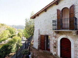 Torreorsina Holiday Home Sleeps 4 with Air Con - 5840372