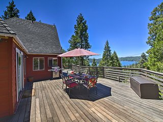 NEW! Cozy Cabin Fit for Groups < 1 Mile to Lake!