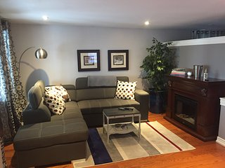 Executive Suite in Dundas