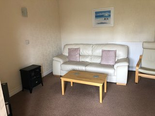Bedford Holiday Apartments. Large Ground Floor Apartment 2