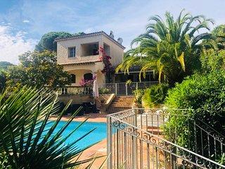 Villa provencale, piscine privee, plage de Pampelonne a pied