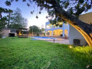 Private and Stylish Villa - 5 mins away from  Ibiza Town and Playa Den Bossa