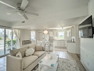 NEW! Lovely Surf City Cottage - 2 Blocks to Beach!