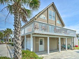 NEW! Bright Beach Cottage w/ Deck & Walk to Shore!