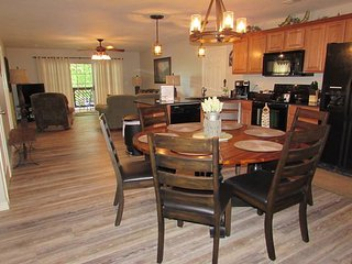 Can be a 3 or 6 BR, 2 or 4 Bath Lakefront Condo /Dock Access, & TV Sports Pkg