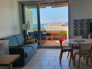 Appartement avec terrasse en bord de plage à Mèze