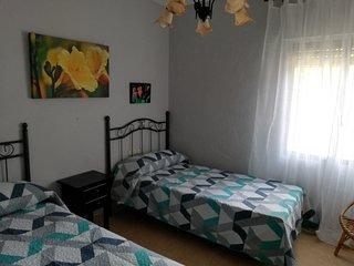 Dormitorio (cama de 90 cm y cama canguro (90+90)