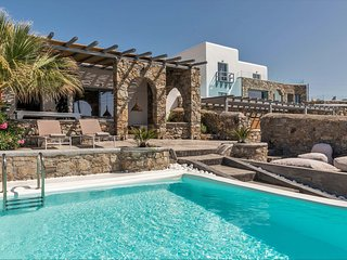 Mykonos Villa Sleeps 6 with Pool and Air Con - 5787157