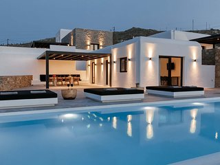 Mykonos Villa Sleeps 6 with Pool and Air Con - 5839950