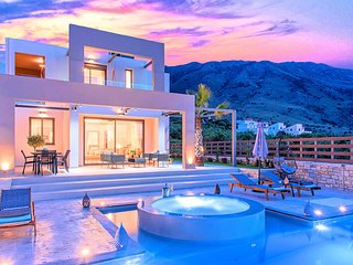 Minoas Villas Private Heated Pool 8 guests