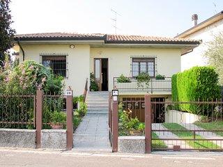 Elena House (LAZ510)