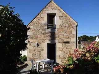 Maison bretonne avec WIFI, jardin a 200m de la plage a Ploumanac'h PERROS-GUIREC