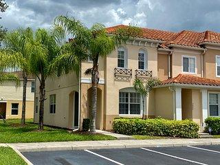 3099 Family Friendly 3 Bedroom close to Disney in Orlando Area
