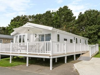 Charming lodge located on Cayton Bay Holiday Park