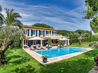 Pearl - St Tropez
