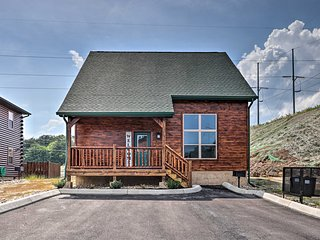 NEW! Resort Cabin w/ Hot Tub, 3 Miles to Dollywood