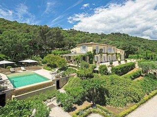 THE VILLA L'Ange d'Or. THE HOME ESCAPE. Saturday to Sat. Luxury. Pool. Garden
