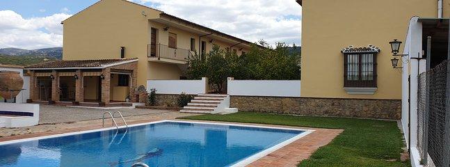 Apartamentos Cortijo Los Jacintos, alquiler de vacaciones en Ronda
