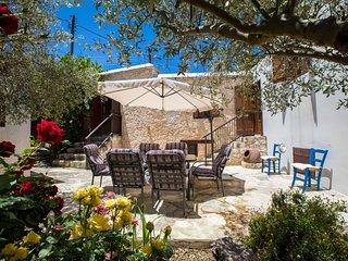 Droushia Corner House, Cyprus Stone House, 7 pax