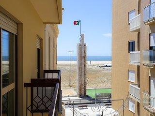 Castle Apartment, sea view, center