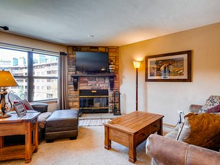 Ski-in/ski-out home in the heart of Breckenridge w/shared pool and hot tub!