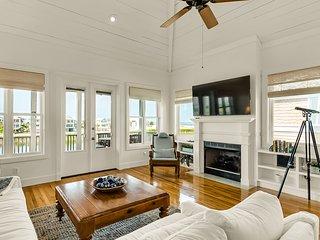 New listing! Coastal retreat w/ shared pools, hot tub, & furnished deck!