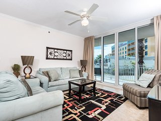 Ground-Floor Condo At Waterscape!! Waterfall, Lazy River