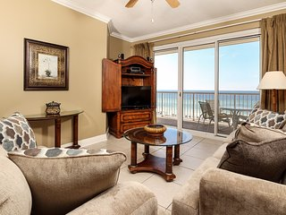 Sixth floor Summer Place condo w/ beach access, shared pool, and more!