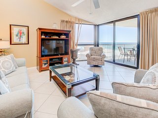 8th Floor Open, Updated, condo, Beach service included, Near Everything