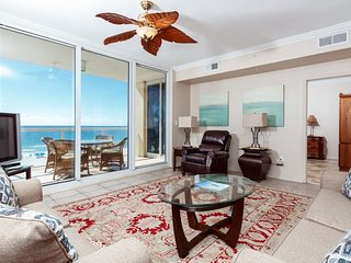 4th Floor Condo! Gulf Front, Pool, Grill, Large Balcony!
