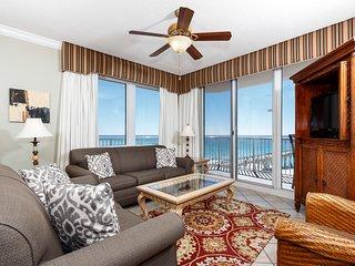 6th Floor Bright Gulf Front Condo w/ Gulf Views, Close To Entertainment