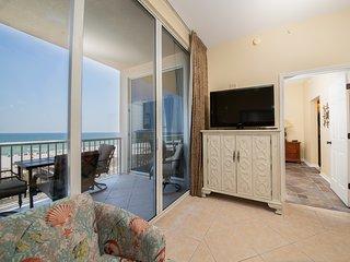 4th Floor Family-Friendly Condo w/ On-Site Pool & Hot Tub, On The Beach