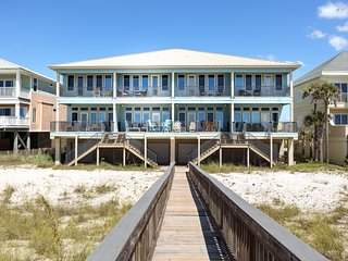 Sparkling New Gulf-Front Home In Navarre Beach!