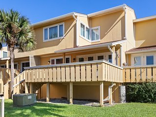 Incredible Vacation Rental, Minutes From Pensacola Beach, 2 Pools