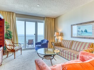 8th Floor Lovely Condo In Perdido Key! Gulf-Front Views!