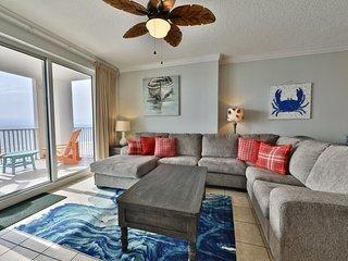Gulf Pearl, a beautiful, spacious 4 br 3 bath, 6th floor end unit Awesome Views