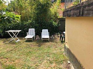 NEW.MONTEROSSO,_ A stone's throw from the sea withparking spac_ CC011019CAV0006