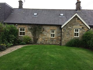 Bumble Cottage    - Newton on the Moor , Northumberland ,NE65 9LW
