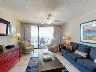Gulf front condo w/ a private balcony, shared pools, hot tub, sauna, & gym