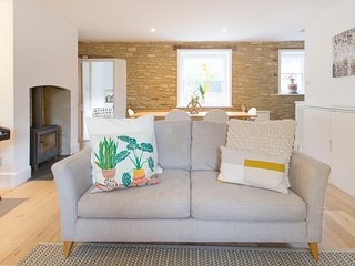 Charming Cotswolds cottage/townhouse in Charlbury
