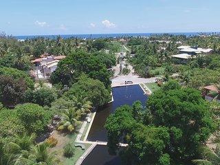 Casa de Praia no Cond. Albatroz, situado numa APP com exclusiva Piscina Natural