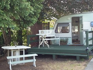 Tilly the vintage caravan