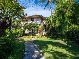Four Seasons Resort Hualalai Split-Level Luxury Condo, Private Yard: 129D Ka'Ulu