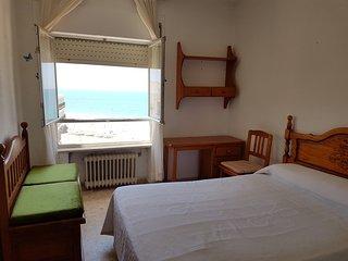 Habitación doble con  vistas a la playa