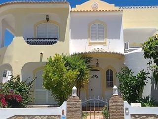 Villa Eduardo - 4 + 1 Bedroom Detached VIlla With Private Pool - Old Town
