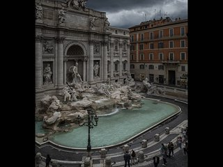 Fontana di Trevi, stunning view of the Fountain