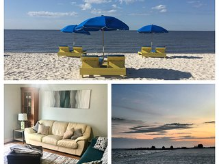 Seaside Gem! Walk to the beach! Pool, Golf, Casinos, Shopping and More!