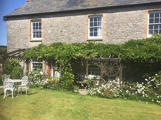 Pool Farm Holiday Cottage