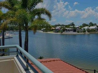 Bayz Maroochy Waters . Waterfront. Kayaks. Pet Friendly