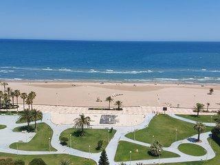Acogedor apartamento primera linea playa